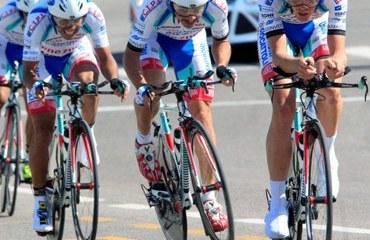 El Androni tirando en la CRE del Trentino