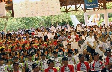 Gran presentación de equipos de la Vuelta a Colombia 2012