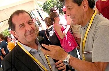 Corti junto a nuestro director Héctor Urrego en París