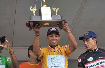 Carlos Ospina gran campeón en Costa Rica