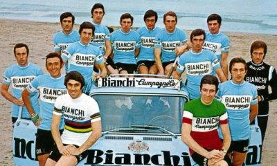 Cochise con su equipo italiano del Bianchi Campagnolo, en el cual se encontró con uno de los mejores corredores de todos los tiempos: Felice Gimondi