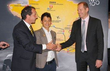 Claudio Corti, Esteban Chaves y Christian Prudhomme