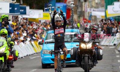 Rafael Infantino por fin puede celebrar y estrenarse en el palmarés de una Vuelta a Colombia