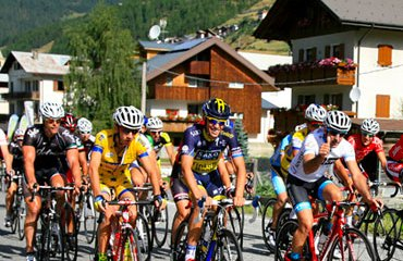 La convocatoria ha reunido a casi 3.000 cicloturistas llegados de todo el mundo