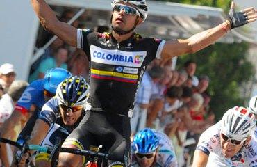 Sprint victorioso de Leo Duque en el Tour de l'Ain (Francia)