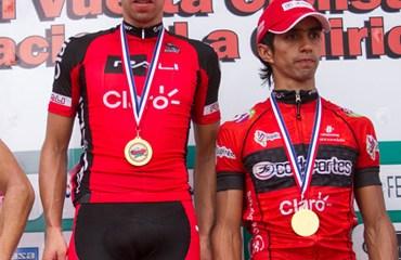 Nicolás Castro y Cristian Montoya en el podio de Chiriquí