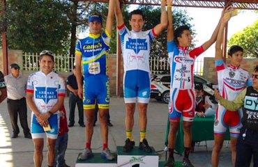 Pedro Herrera en el primer lugar del podio mexicano
