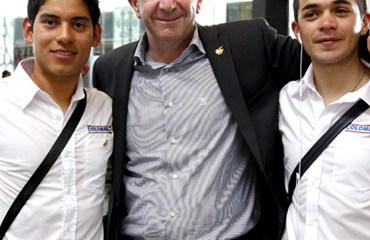 Corti en compañía de Fabio Duarte y Edwin Ávila