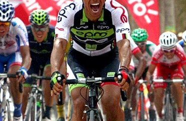 Jaime Castañeda, ganador de la etapa inicial en Riohacha, de la carrera radial.