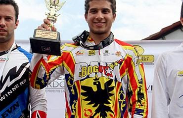 Carlos Ramírez, de la Liga Distrital, volverá a competir en la pista chilena.