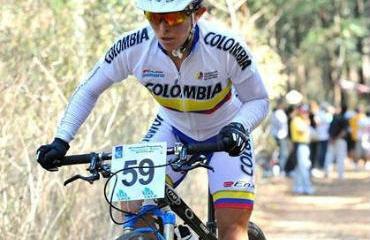 Ángela Parra, campeona del ciclomontañismo en 2010.