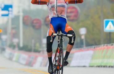 Schoonbroodt ganó en Taihu Tuying el penúltimo tramo.