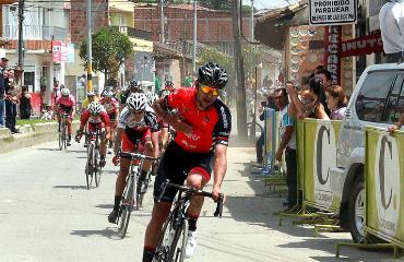 Fernando Gaviria vencedor de etapa en Clásica de El Carmen de Viboral