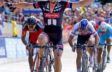El genial pedalista alemán John Degenkolb sería uno de los heridos graves tras el accidente