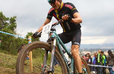 Leonardo Páez, estrena equipo para este 2016