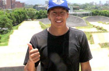 Andrés Jiménez en pista Mariana Pajón