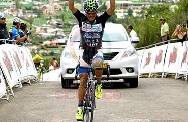Fredy Montaña ganó etapa y es líder de Vuelta a Cundinamarca