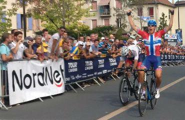 Kristoffer Halvorsen ganador de tercera etapa de Tour LAvenir