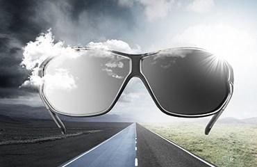 Las UVEX Súper G son hoy en día las gafas de protección más ligeras del mundo pesando sólo 18 gramos.