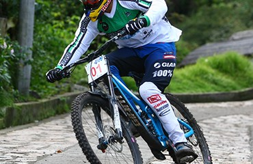 Marcelo Gutiérrez se coronó por séptima vez Campeón Nacional de Downhill