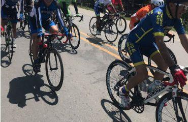 Con gran éxito se viene realizando la Vuelta a Colombia Senior Máster 720