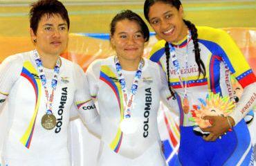 Martha Bayona, oro en la prueba de los 500 metros.Diana Garcia plata