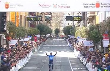 Alejandro Valverde (Movistar) celebra su novena victoria de temporada.