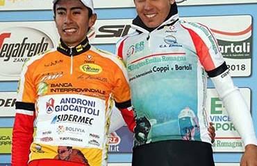 Iván Sosa y el campeón final de la prueba, el local Diego Rosa