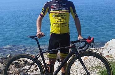Rubén Acosta encabezó la excelente presentación del Bicicletas Strongman
