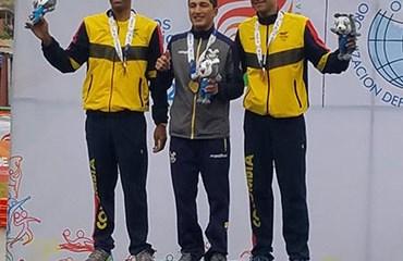 Omar Mendoza y Juan Pablo Suárez cerraron la buena cosecha del ciclismo colombiano en la Ruta de Cochabamba