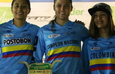 Gabriela Bolle, alcanzó el título en la categoría junior en BMX (Foto FCC)