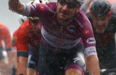 Elia Viviani ya piensa en el nuevo Giro de Italia 2019 que termina en su natal Verona