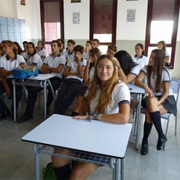la ganadora del tercer newton excellence programme comienza su primer curso del bachillerato internacional
