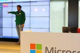 """microsoft celebra la """"hora del código"""" dando acceso a los niños al mundo de la programación"""
