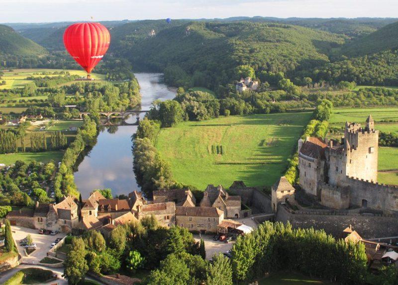 descubre la nueva web de turismo de francia