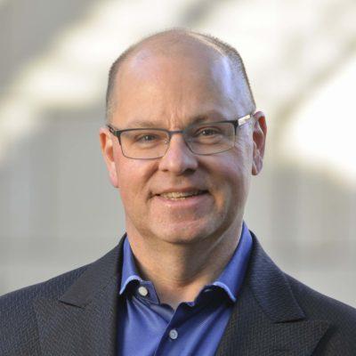 Stanford , ceder la propiedad intelectual para poner fin a la pandemia