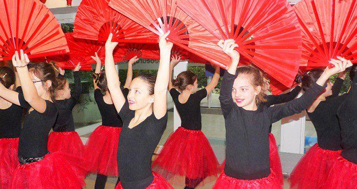 Clinic de baile en Liceo Europeo
