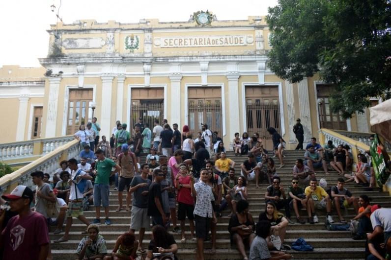 Concentração da Marcha da Maconha 2018 na Praça Oswaldo Cruz. (Jonatan Oliveira/OGrito!).