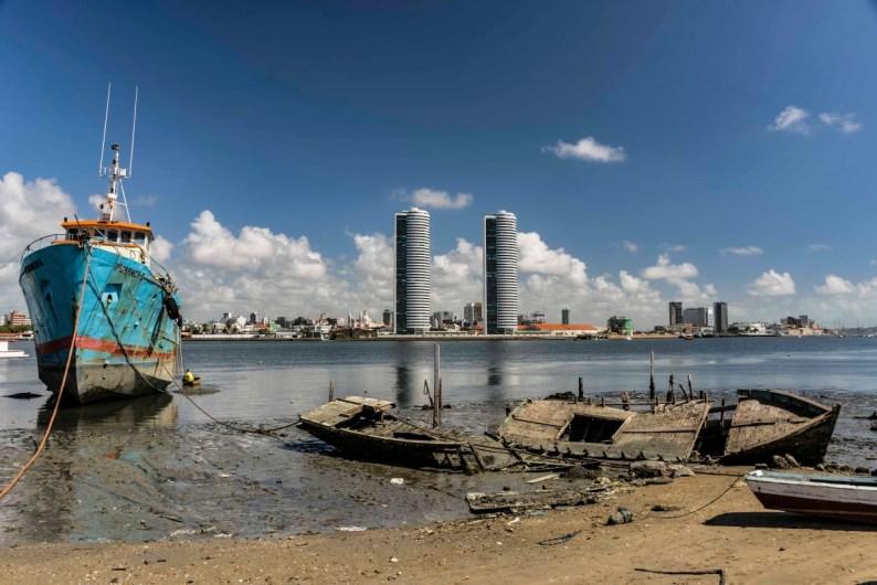 Brasília Teimosa. Recife ao fundo