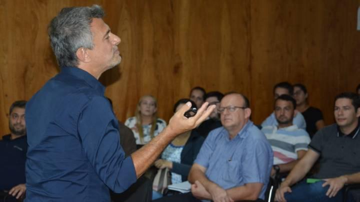 Manuel Sbdar brindó una charla sobre hacia donde van la PYMES