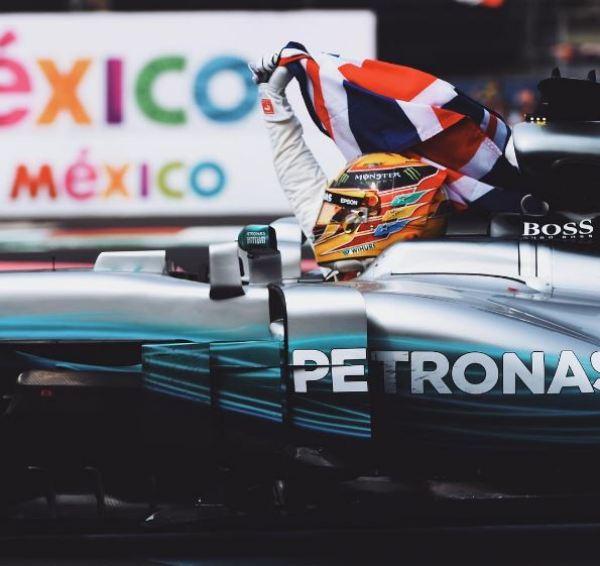 Lewis Hamilton insta