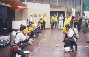 Brigada de primeros auxilios en minería