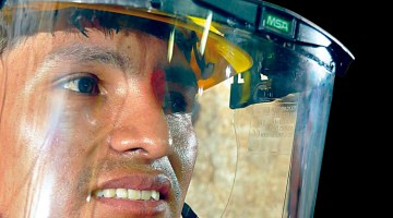 Protección facial: tipos y mantenimiento