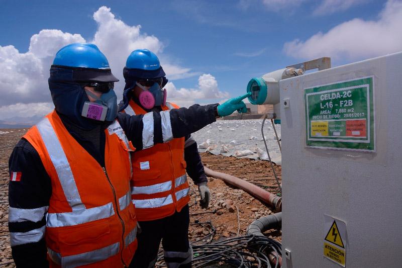 Tecnología de punta en el proceso de lixiviación reduce los riesgos químicos y afectación a la salud.