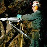 Medidas de seguridad en la perforación minera subterránea y superficial