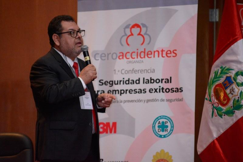 Expositor Jean Lostaunau en 1era Conferencia de Seguridad Laboral para Empresas Exitosas
