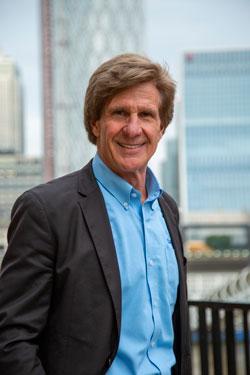 Larry Wilson es autor y CEO de SafeStart