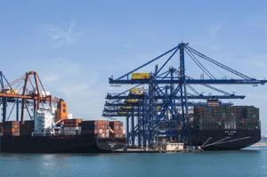 El Puerto de Valencia selecciona Robotics