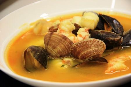 platos-sanos-y-equilibrados-sopa-de-pescado-450x299