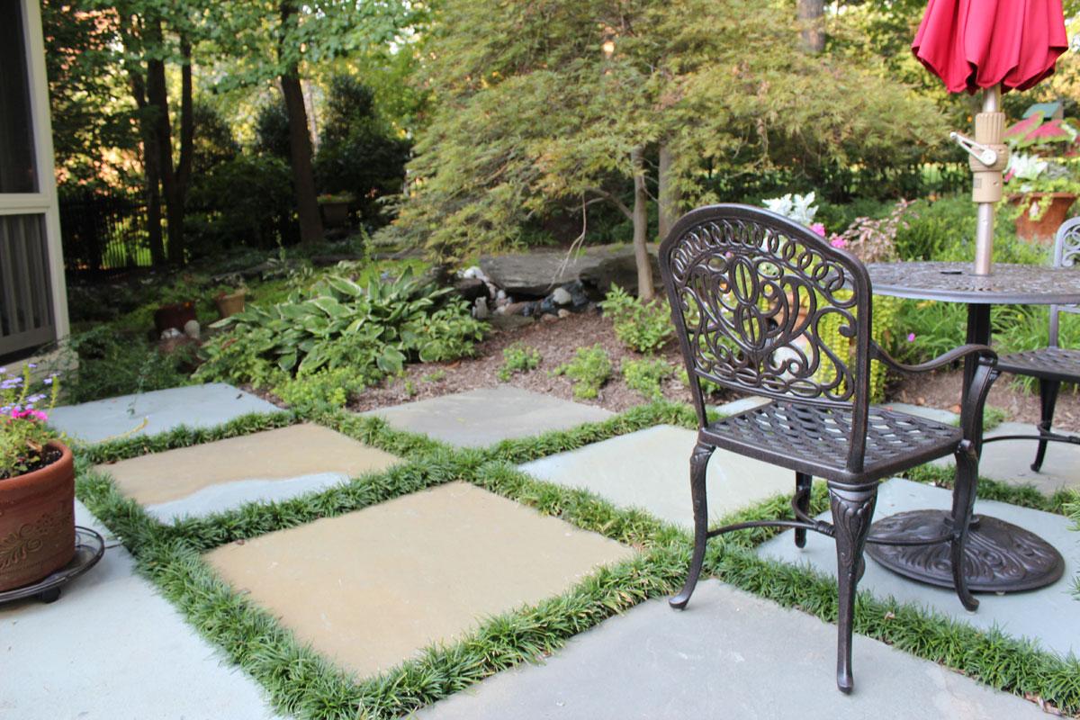 Patio & Walk Designs - Revolutionary Gardens on Flagstone Backyard Patio id=24133